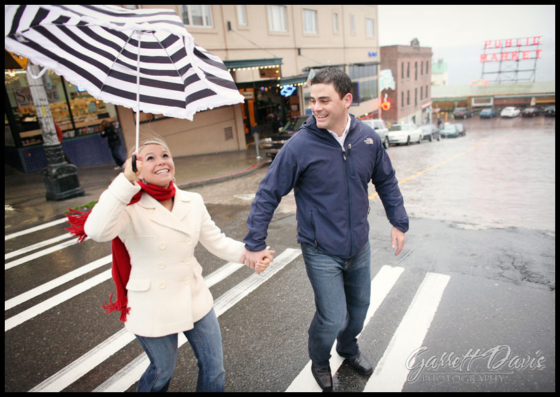 Seattle Wedding Photographer-Pike Place Market Photography-Seattle Engagement Photographer