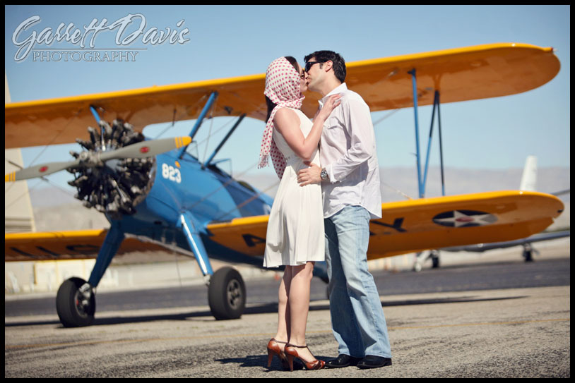 los angeles wedding photographer-newport beach wedding photographer-palm springs wedding photographer-vintage airplane-biplane-claremont wedding photographer-southern california wedding photographer-destination wedding photographer-engagment photography
